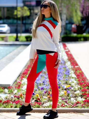Sporty and elegant blouse - Active women