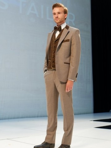 Brown suit and brown deco