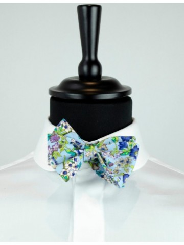 Blue flower bow tie
