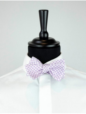 Purple-white bow tie