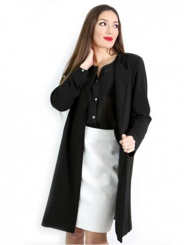 Women's black coat without buttons