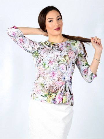 3/4 sleeve floral blouse with a fancy knot