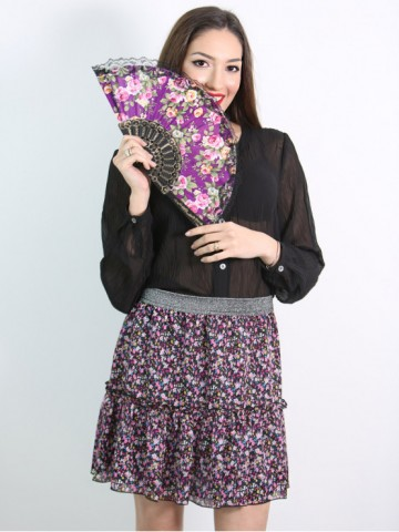 Short skirt with colored flowers